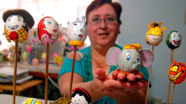 South Texas Woman Sells Popular Easter Eggs