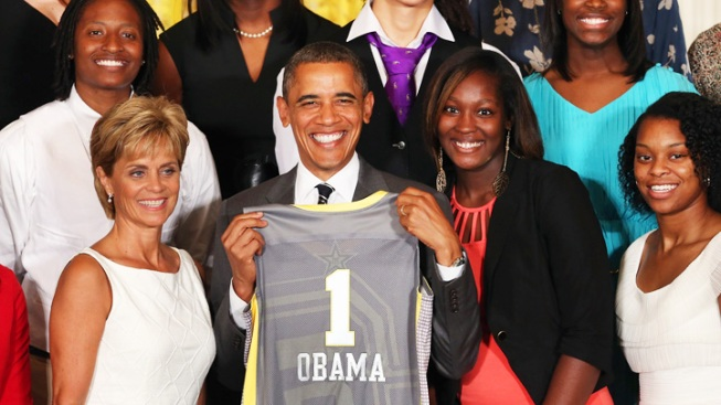 Obama Honors Undefeated Baylor Basketball Team