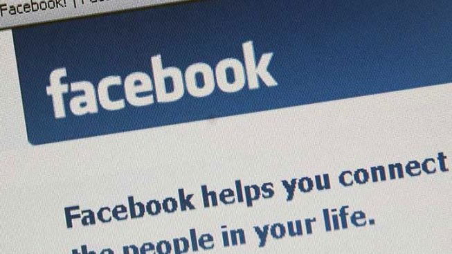 Man Hits Wife for Not 'Liking' Facebook Status: Police