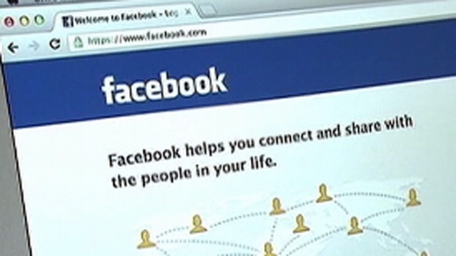 Man Says Wife Read Facebook Page, Stabbed Him