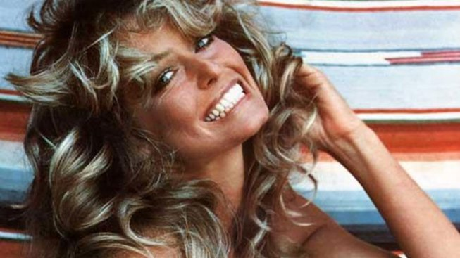 Farrah Fawcett Belongings Go Up for Auction