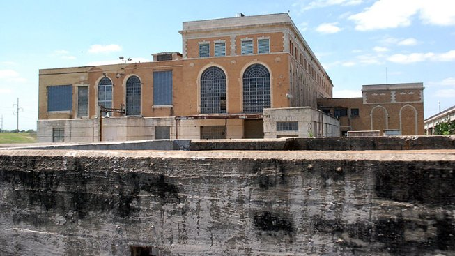 Shells of Our City: Fort Worth Power Plant