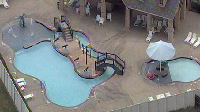 Child Nearly Drowns at Fort Worth Pool