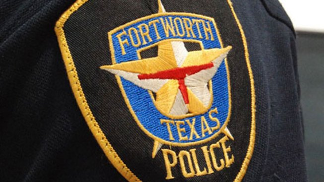 Fort Worth SWAT Ends Standoff Peacefully