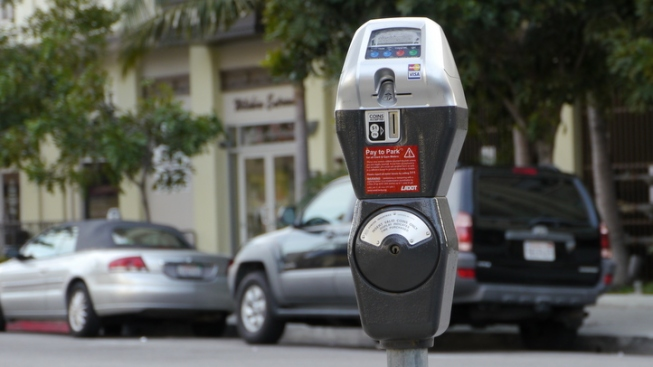 Mayor Creates Parking Space After Getting Ticket