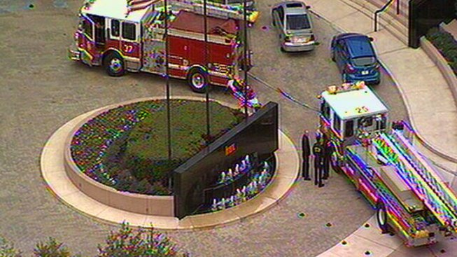 Dallas Building Evacuated, Smoke Reported