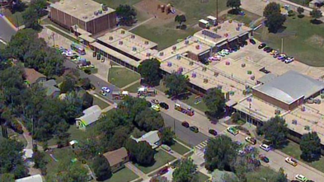 Small Fire Forces Evacuation of Pacesetter Elementary in Dallas