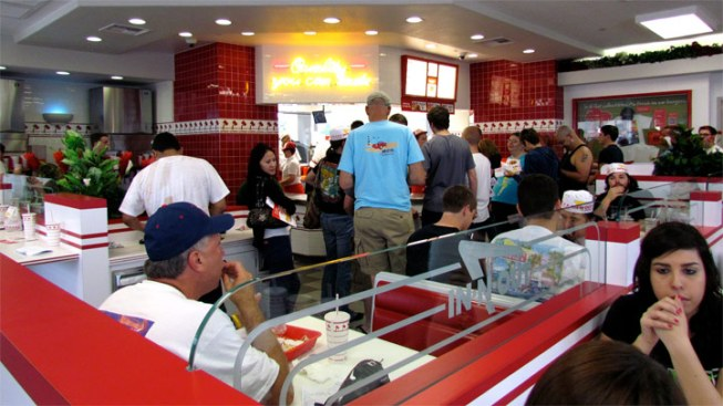 In-N-Out in Irving Opens Thursday