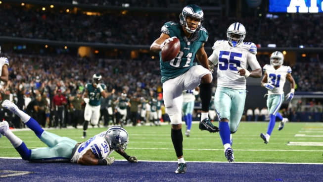 Cowboys Lose to Eagles in OT, 33-27