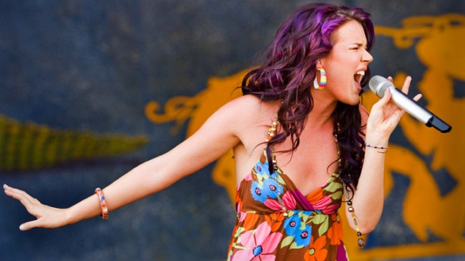 2 Arrested in Plot to Kill Singer Joss Stone: Report
