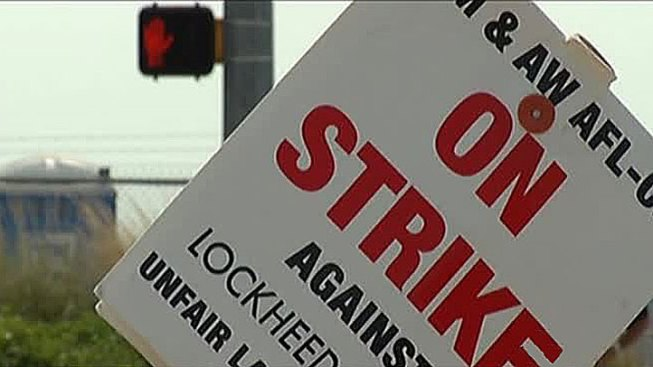 Striking Lockheed Martin Machinists Vote Thursday