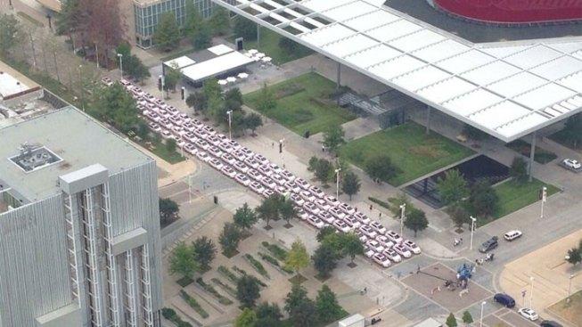 Mary Kay Celebrates 50 Years With Parade of Pink Cadillacs