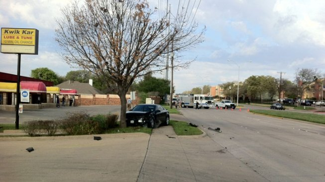 Crash Ruptures Gas Main in East Fort Worth
