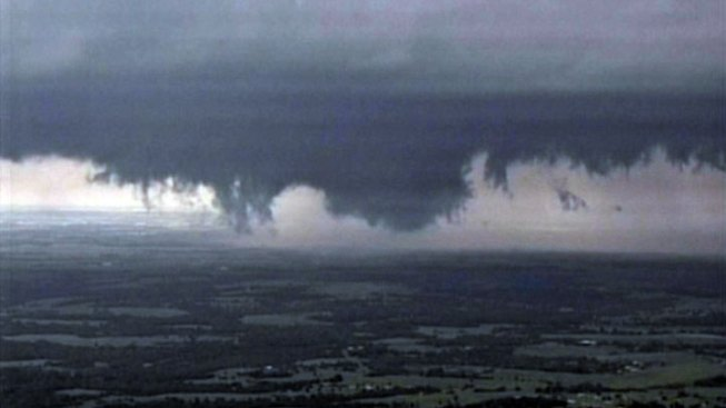 Funnel Cloud Threatens Oklahoma City Area