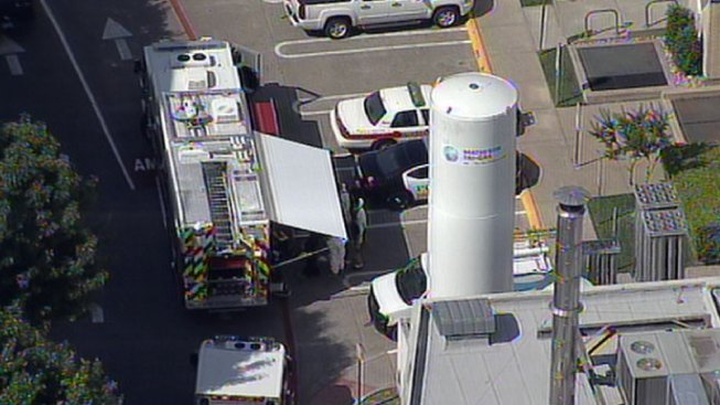 Hazmat Crews Respond to White Powder Letter at Parkland Hospital