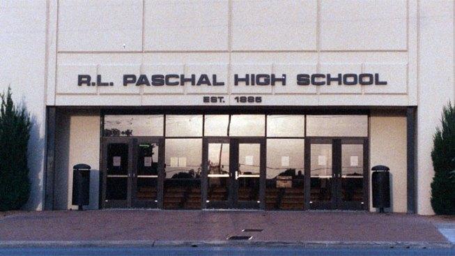 Paschal HS Honors Longtime Teacher Sunday