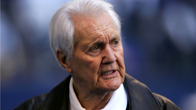 Friends React to Death of Pat Summerall