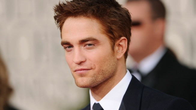 "Robert Pattinson Calls ""Breaking Dawn"" Sex Scenes ""Incredible"""