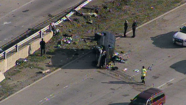 Person Killed in Rollover Crash on Loop 12