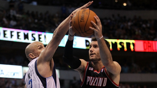 Mavs Swap Picks for Portland's Fernandez
