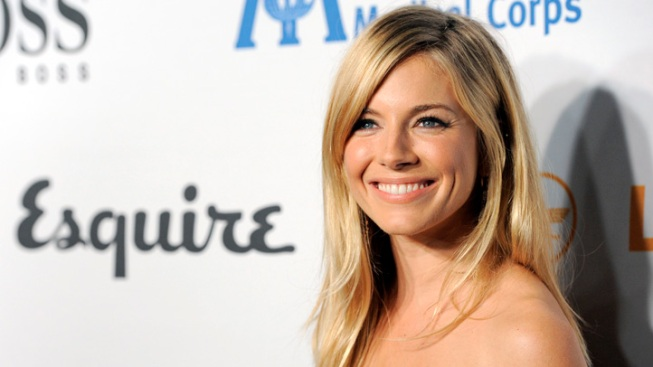Sienna Miller Settles Phone Hacking Suit