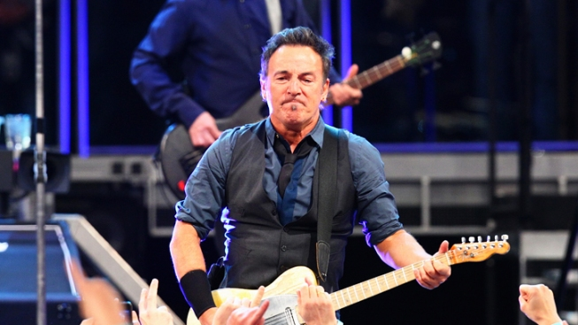 "Springsteen ""Born to Run"" Manuscript Is for Sale"