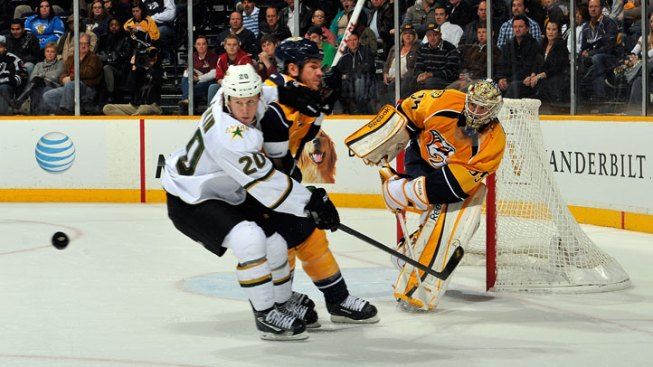 Predators Topple Stars in OT