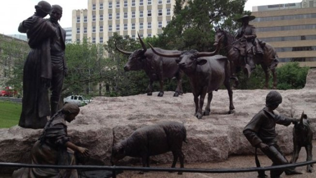 State's First Tejano Monument Dedicated at Capitol