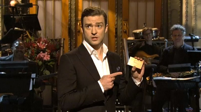 """Timberlake Reprises """"Candle in the Wind"""" During Chavez Funeral on """"SNL"""""""