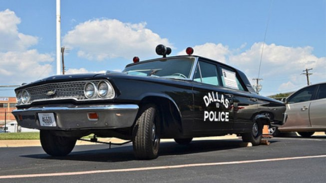 Vintage Police Car Pays Tribute to Slain Dallas Officer J.D. Tippit