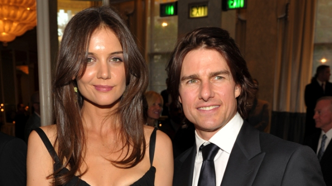 Tom Cruise & Katie Holmes Reach Divorce Settlement