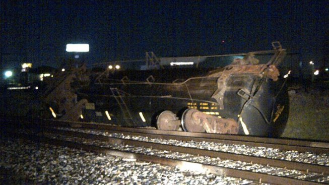 Toxic Gas Remains Contained in Tanker Car After Train Derails