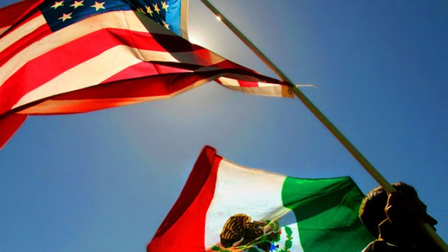 Lawsuit: Texas School Girl Told to Pledge Allegiance to Mexico