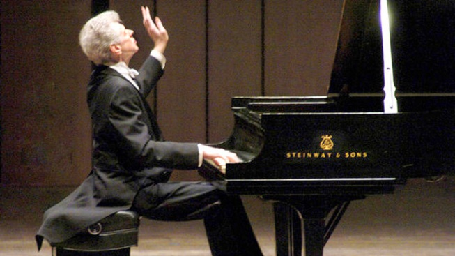Cliburn Contest for Amateurs Set for May