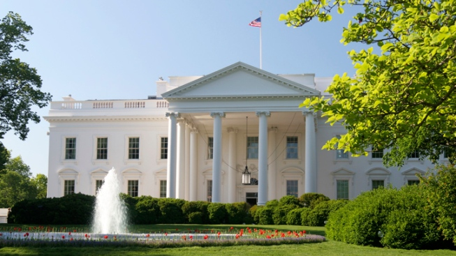 Loose Toddler Triggers White House Lockdown