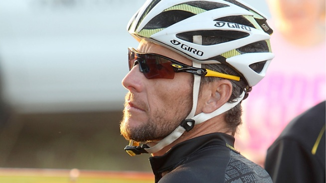 Report: Armstrong Weighs Admitting to Doping