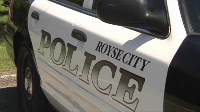 Royse City police are asking residents to be on the lookout for men who are harassing women.