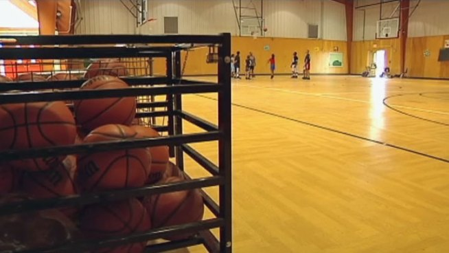 Irving police officers are offering free summer hoops and kicks programs to elementary and middle school students.