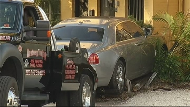 Fort Lauderdale Police are investigating after a shooting led to a Rolls Royce crashing into a building early Monday, in an incident witnesses said involved rapper Rick Ross. Fort Lauderdale Police spokeswoman Det. DeAnna Garcia and two witnesses describe the shooting.