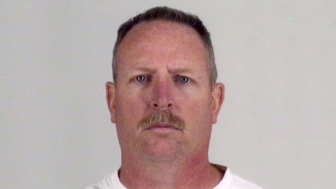 Former Officer Pleads Guilty to Child Porn Charges