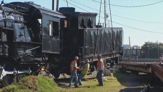 The Museum of the American Railroad continues its move from Fair Park to its new home in Frisco. On Wendnesday, trains were hoisted in the air and set on flatbed cars for the move to north.