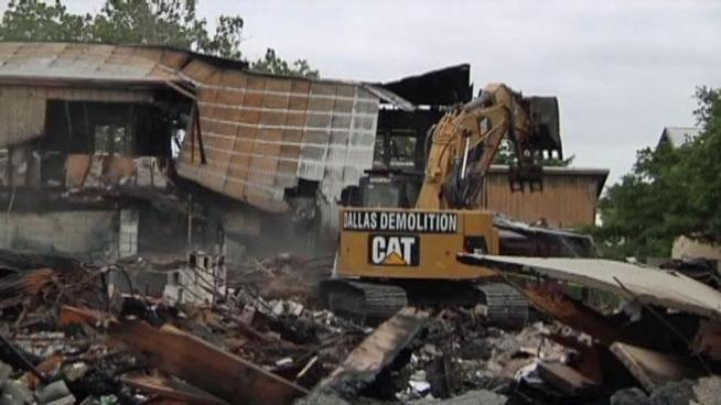 The demolition of the burned Selwyn School in Denton started Wednesday, it's the first time school officials and teachers were allowed to sift through the burned remains.