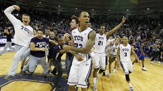 TCU Gets 1st Big 12 Win Over Kansas