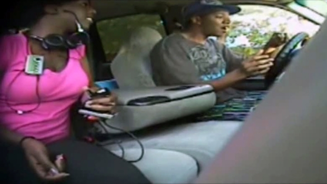 Video from an Arlington police bait car shows a man and a woman stealing the vehicle and then leaving it a few blocks away before officers arrive.