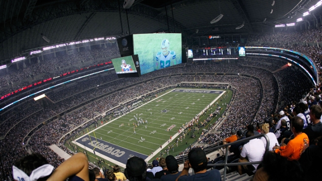 Dallas Opera to Simulcast at Cowboys Stadium