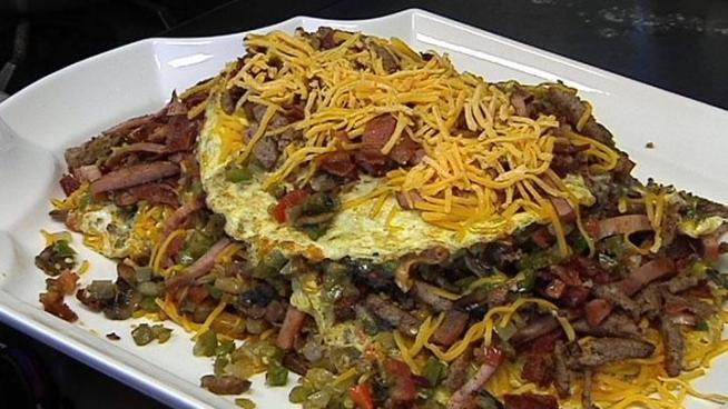 Nona's Omelet challenge breaks more than a dozen eggs to break your fast.