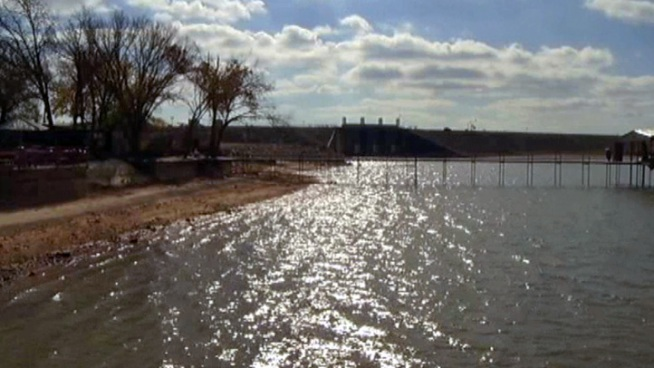 The Tarrant Regional Water District could impose two-day a week restrictions on using lawn sprinklers in January if we don't get rain.