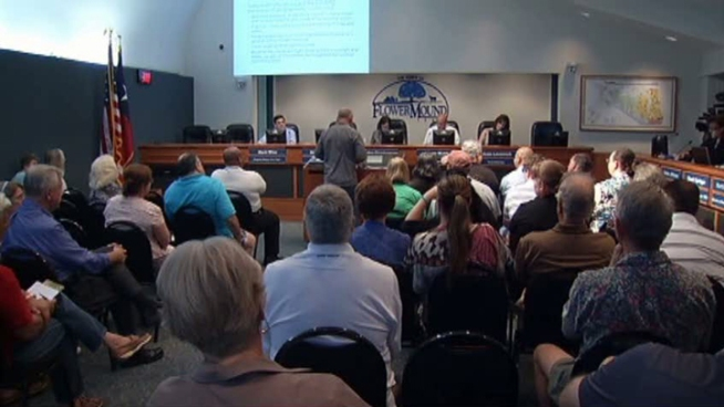 Flower Mound unanimously voted on Thursday for aerial spraying for mosquitoes to battle West Nile virus.