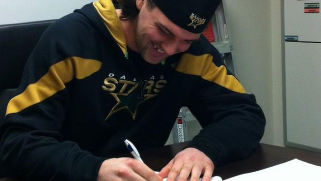 Stars Sign Jamie Benn to 5-Year Deal