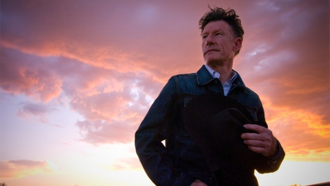 Lyle Lovett to Play Majestic Theater